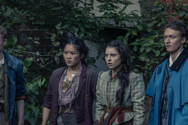 Billy, Bea, Jessie e Leo Ne Gli Irregolari Di Baker Street Credits: Matt Squire/Netflix