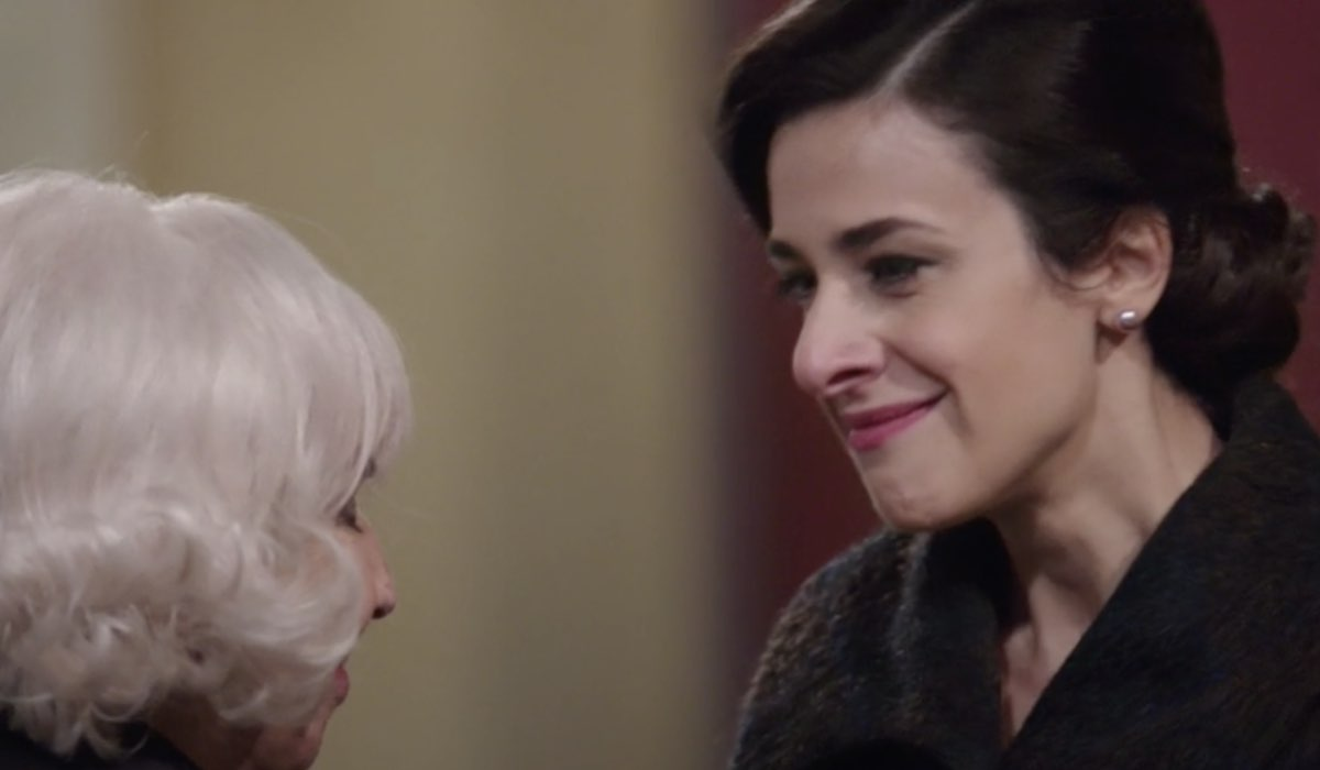 Il Paradiso Delle Signore 5 Puntata 109: Gloria Moreau interpretata da Lara Komar con la zia Ernesta Credits Rai