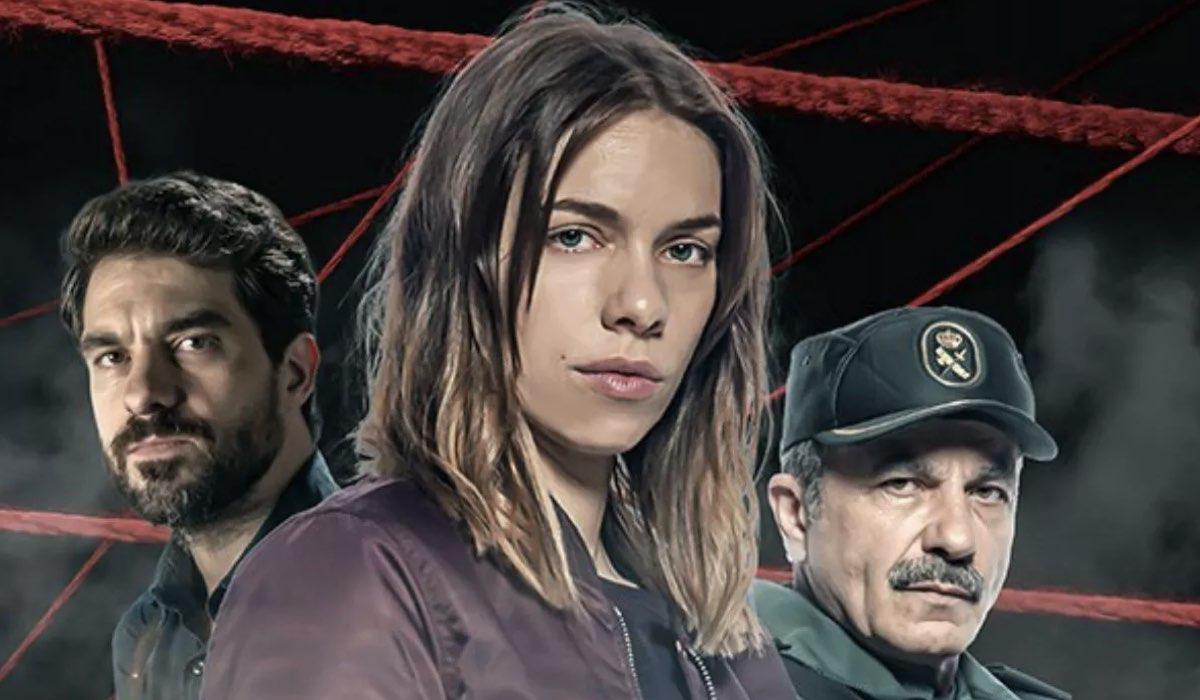 Da sinistra: Toni Salgado, Maria Mera e Miquel Insua ne Il Sapore Delle Margherite. Credits: Netflix.