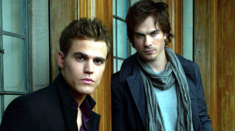 Paul Wesley E Ian Somerhalder In The Vampire Diaries. Credits: Foto Di Andrew Eccles/ © CW /Courtesy Everett Collection