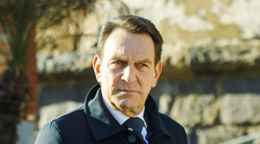 Roberto Ferri (Riccardo Polizzy Carbonelli) In Un Posto Al Sole Credits: Rai