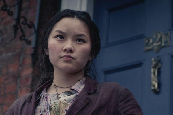 Thaddea Graham (Bea) ne Gli Irregolari Di Baker Street Credits: Matt Squire E Netflix