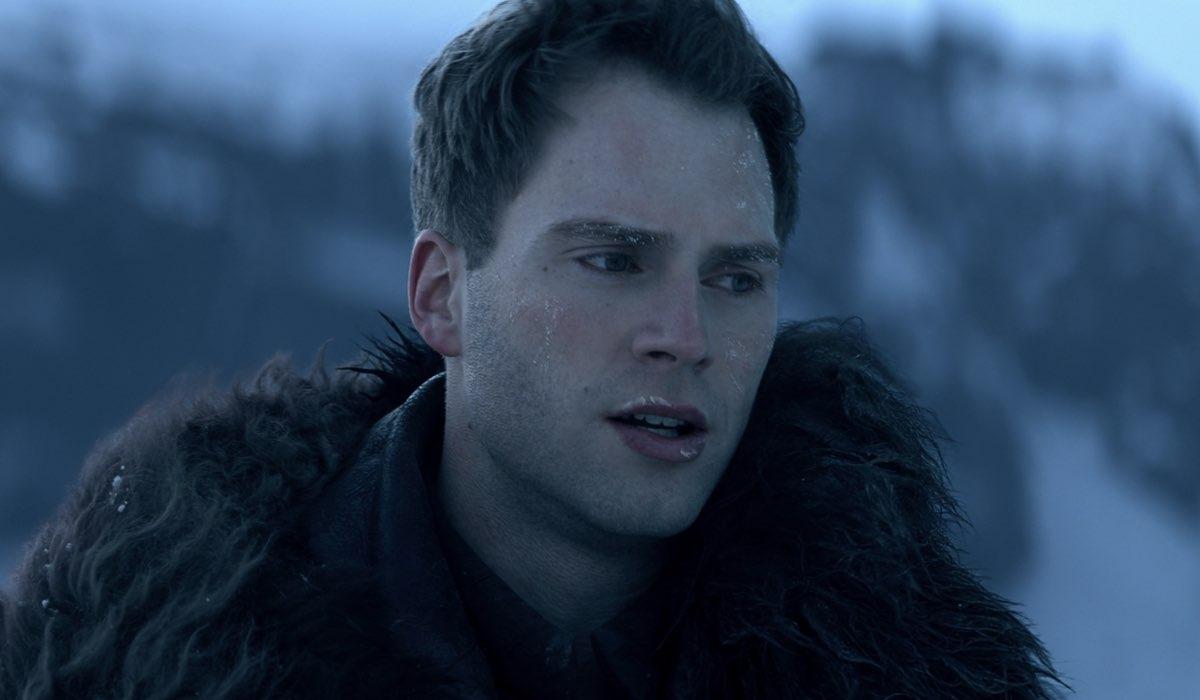 Calahan Skogman (Matthias) In Tenebre e Ossa. Credits: Netflix