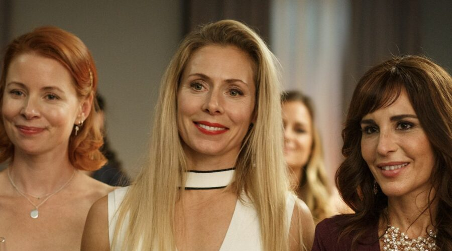 Eva Rose (Karin), Julia Dufvenius (Elin) e Alexandra Rapaport (Nour) In Heder serie tv Credtits: Starzplay