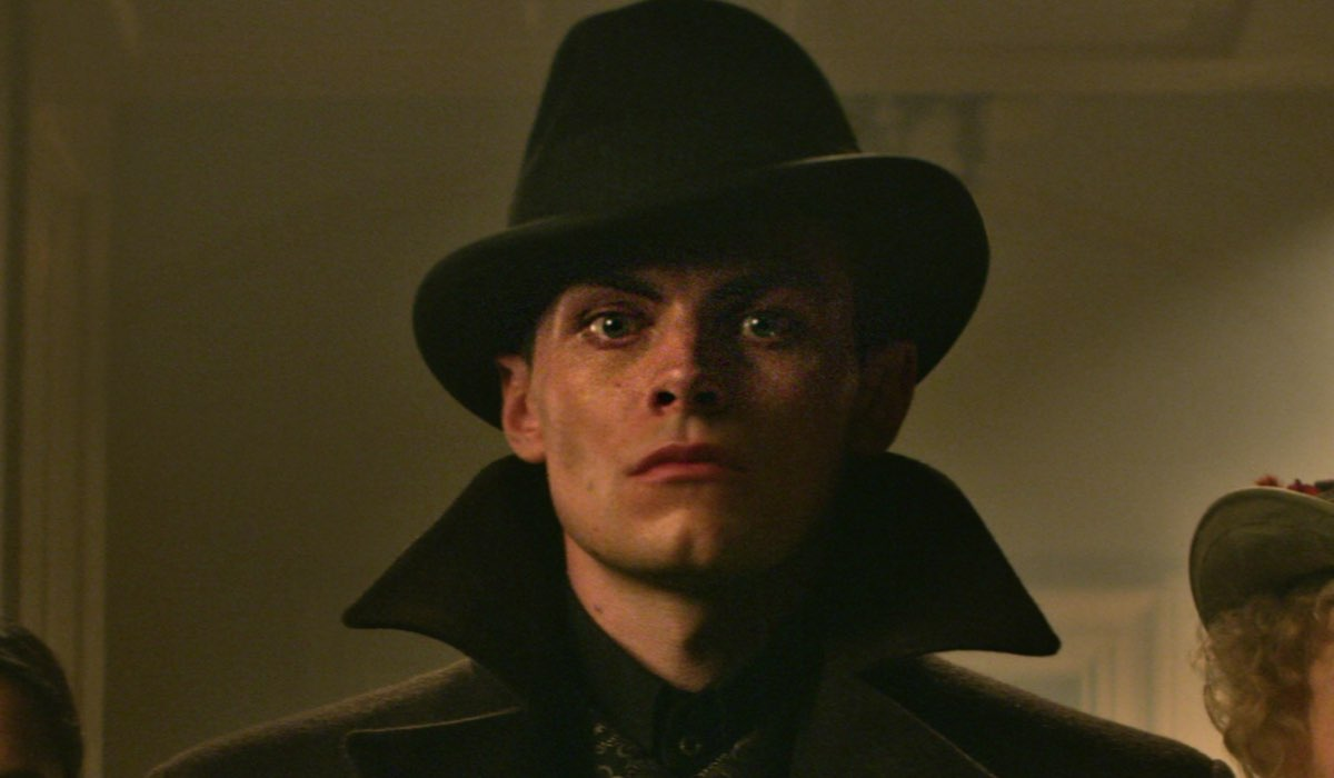 Freddy Carter (Kaz) In Tenebre 3 Ossa Credits: Netflix