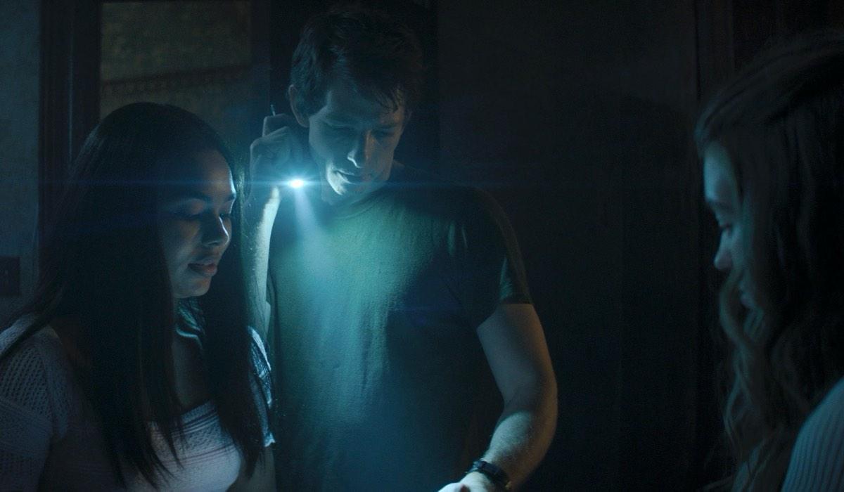 Jessica Sula, Mike Faist E Olivia Welch In Panic. Credits: Amazon Prime Video