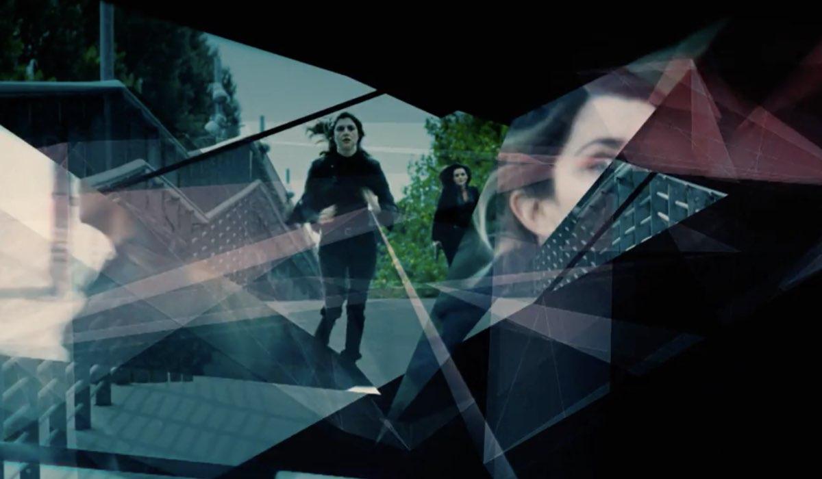 la fuggitiva, un fotogramma della sigla della fiction Credits Rai