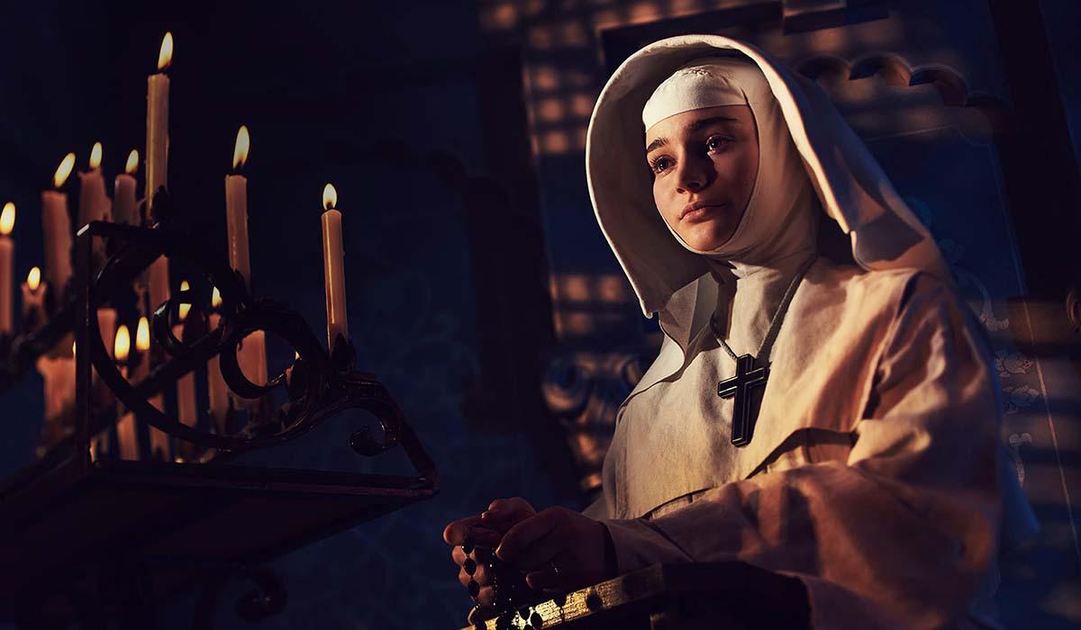"""Aisling Franciosi nella parte di Suor Ruth in """"Narciso Nero"""". Credits: Disney."""