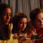 Penny, Mia e Austin in Perche Sei Come Sei. Credits: Netflix/Abc