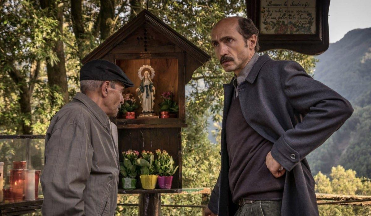 """Sergio Albelli nei panni del Generale Votta ne """"Il Miracolo"""". Credits: Sky."""