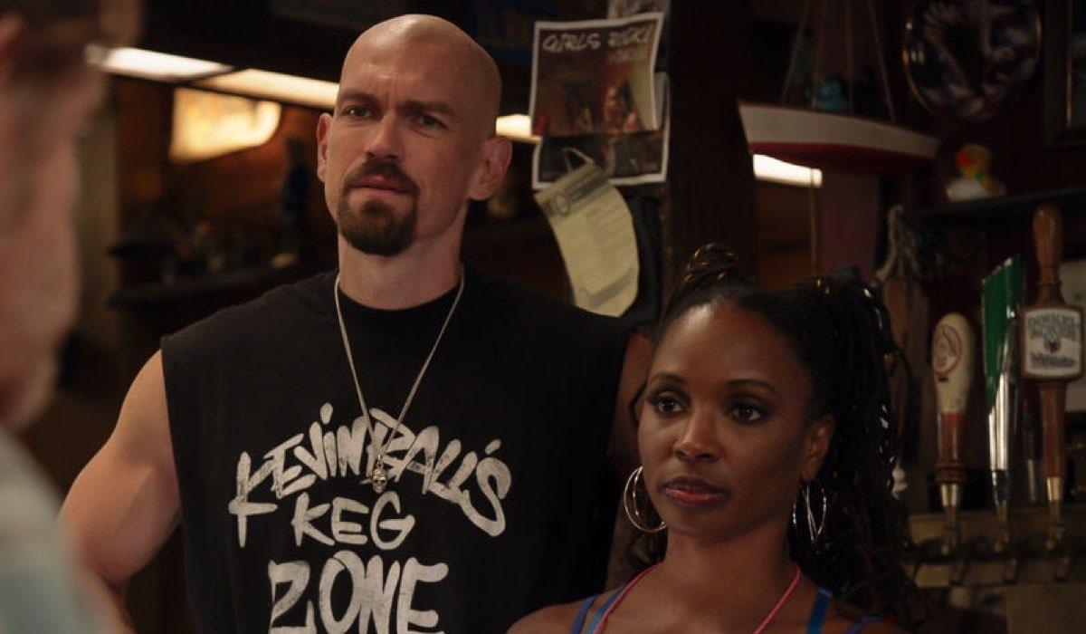 Steve Howey (Kevin Ball) e Shanola Hampton (Veronica Fisher) In Shameless 11 Credits Mediaset