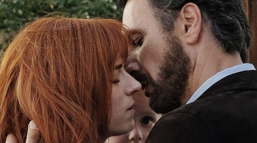 Buongiorno, mamma! il bacio di Anna e Guido interpretati da Maria Chiara Giannetta e Raoul Bova. Credits: Mediaset