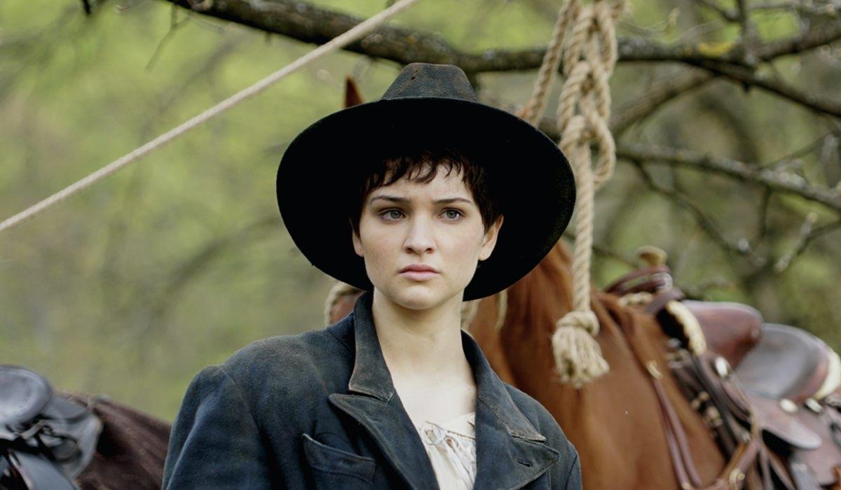Lisa Vicari Interpreta Sarah In Django Credits: Sky