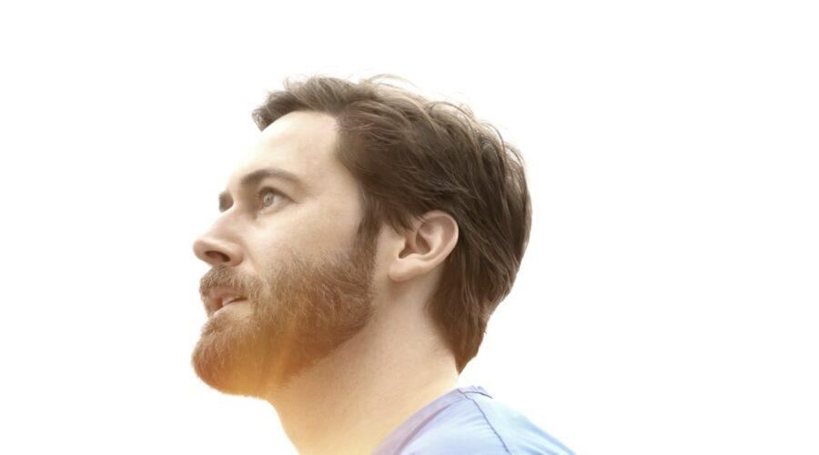 "Ryan Eggold nel poster di ""New Amsterdam 3"". Credits: Mediaset."