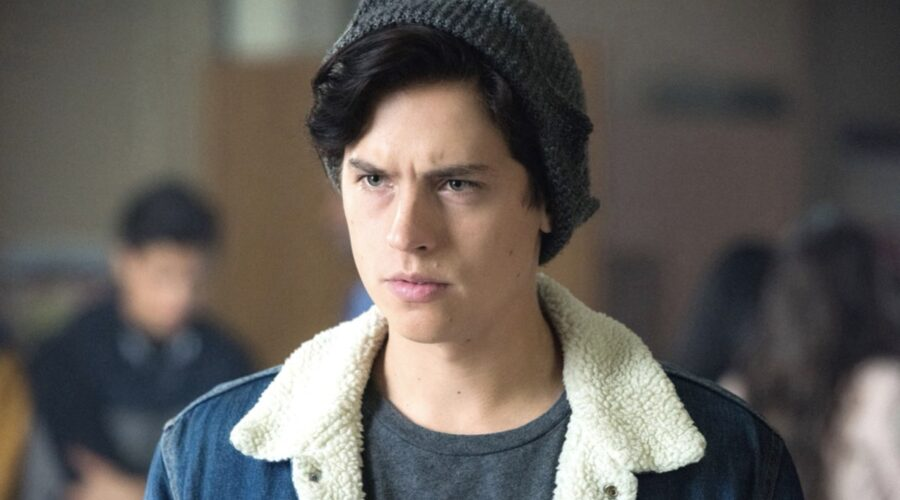 riverdale jughead cole sprouse courtesy of everett collection
