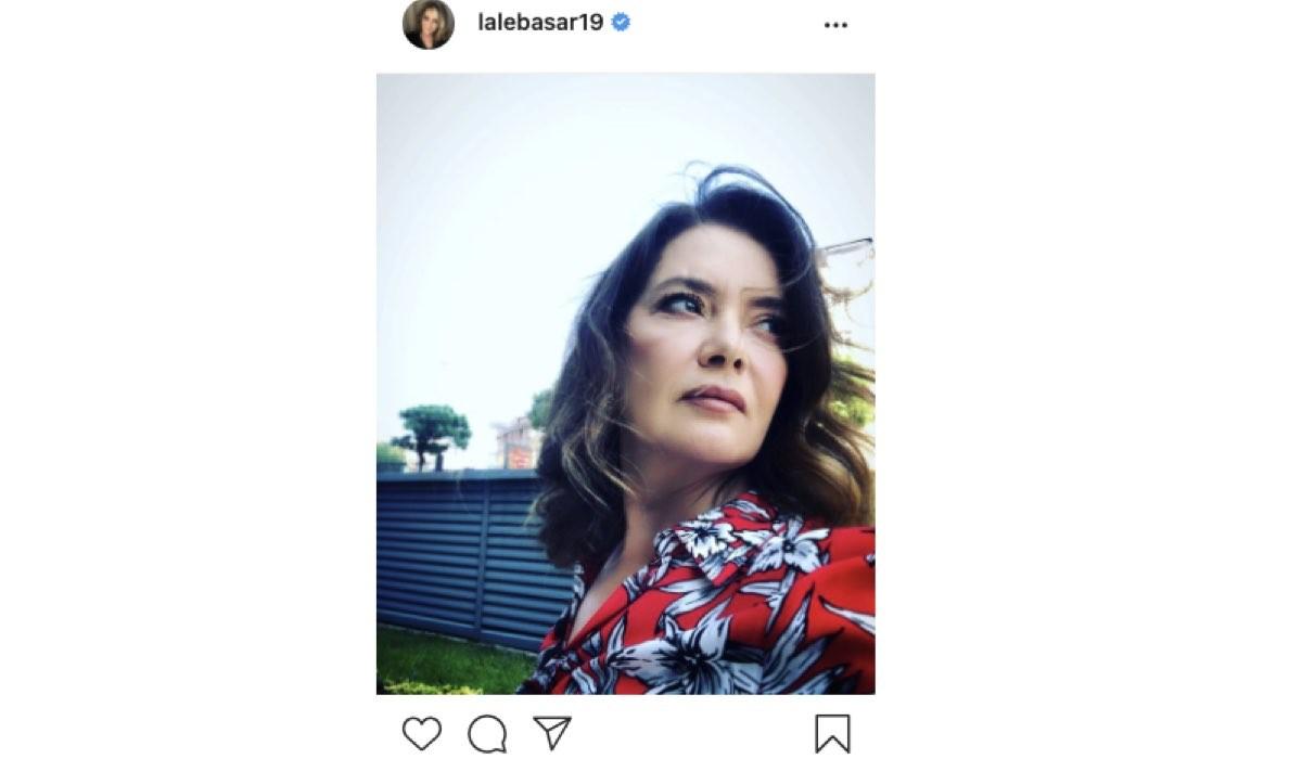 Screenshot Di Una Foto Di Lale Basar (Sevim Atasoy in Mr. Wrong) Condivisa Sul Suo Profilo Instagram Ufficiale