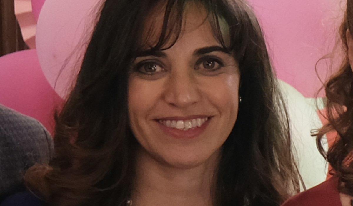 Silvia Gallerano (Valeria) In Chiamami Ancora Amore. Credits: Fabrizio de Blasio/Rai