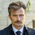 Simon Grechi (Pietro Abbate) In Un Posto Al Sole Credits: Rai