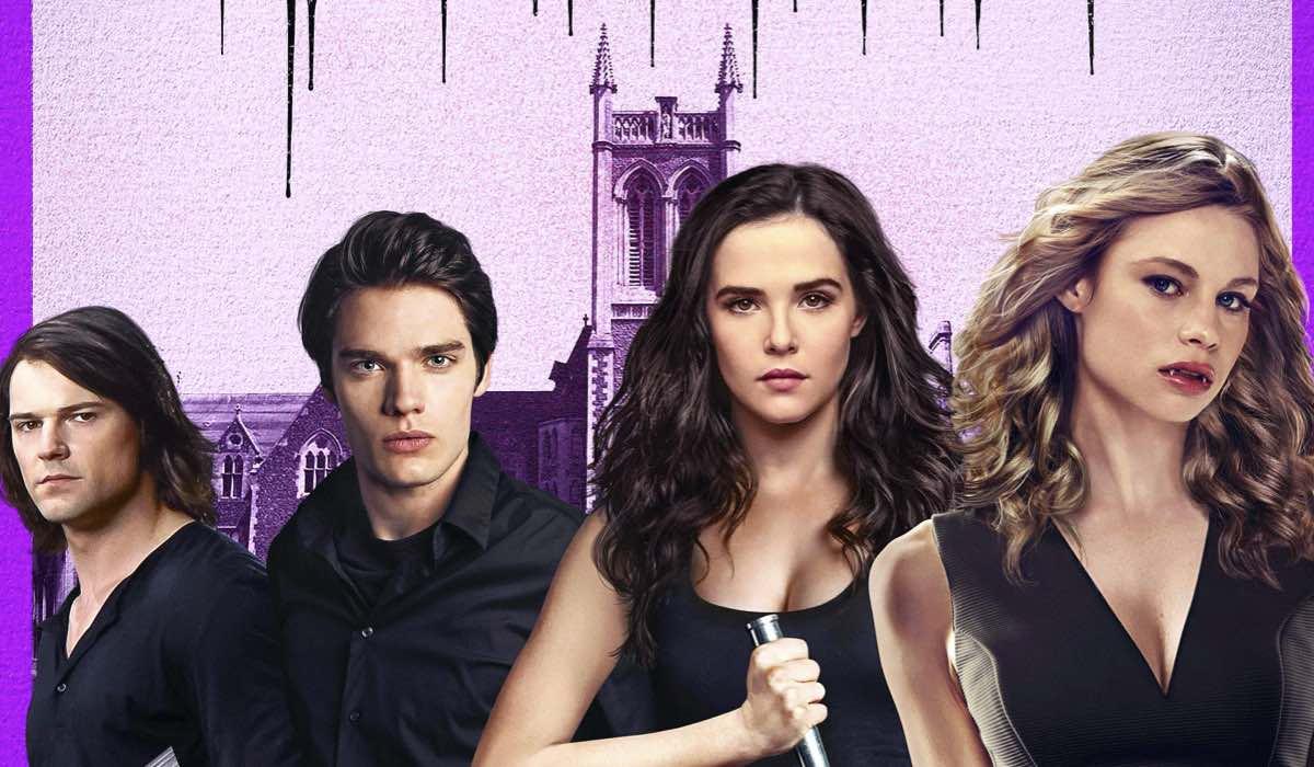 Vampire Academy, Julie Plec lavora alla nuova serie tv