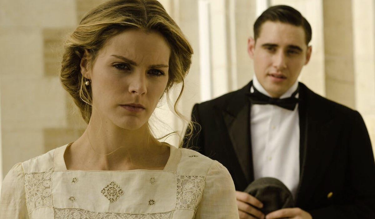 Alicia (Amaia Salamanca) e Andres (Llorenç González) In Grand Hotel. Credits: Mediaset