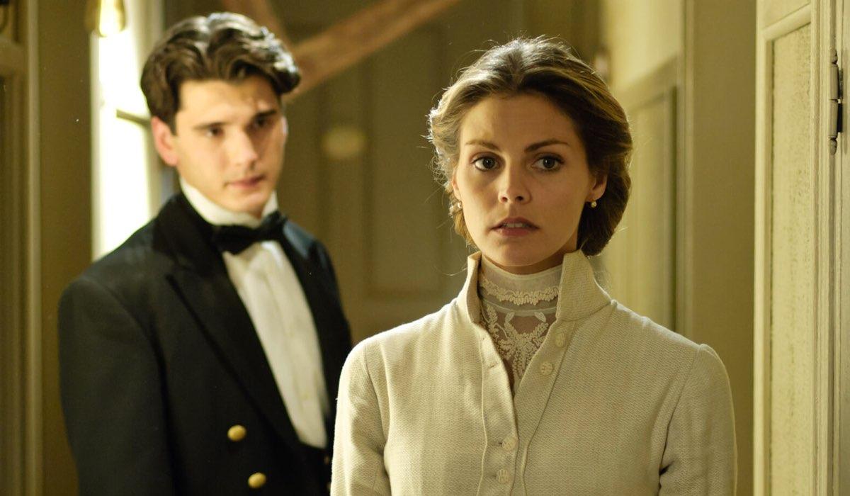 Alicia e Julio In Grand Hotel Credits: Mediaset