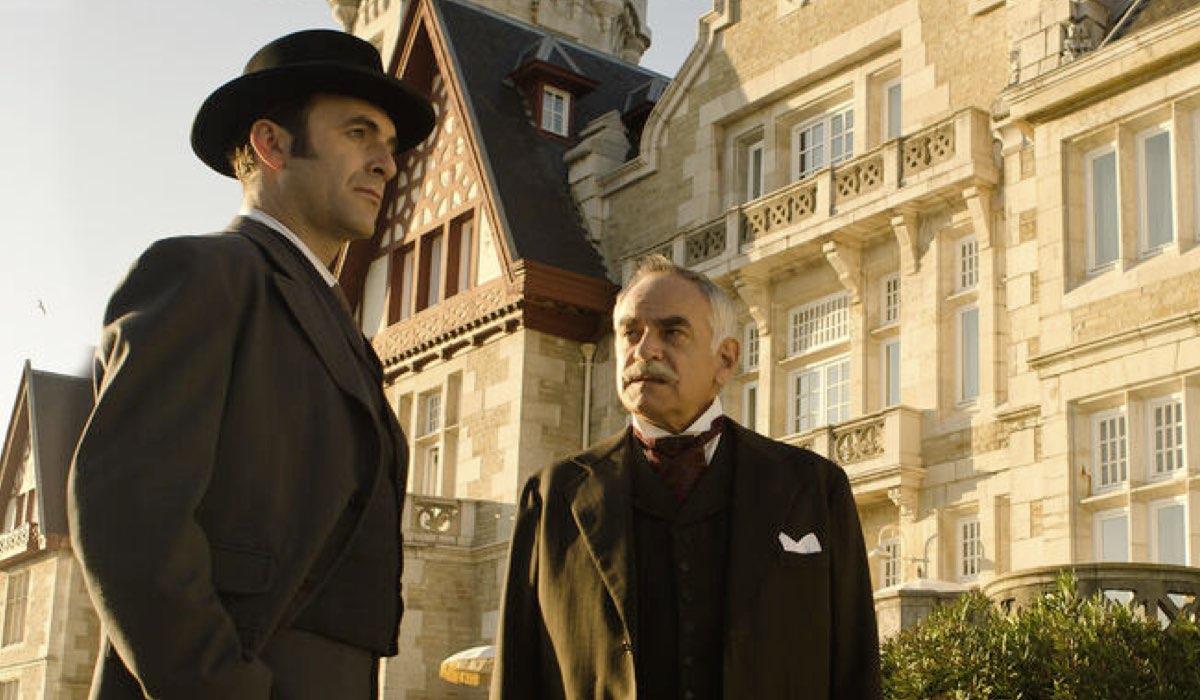 Antonio Reyes (Agente Hernando) e Pep Anton Munoz (Ayala) In Grand Hotel. Credits: Mediaset
