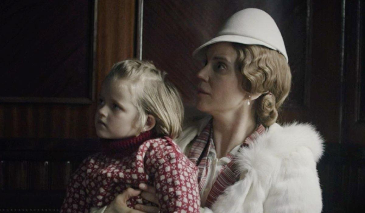 Atlantic Crossing: una scena del primo episodio con Sofia Helin che interpreta la principessa Märtha. Credits: Rai