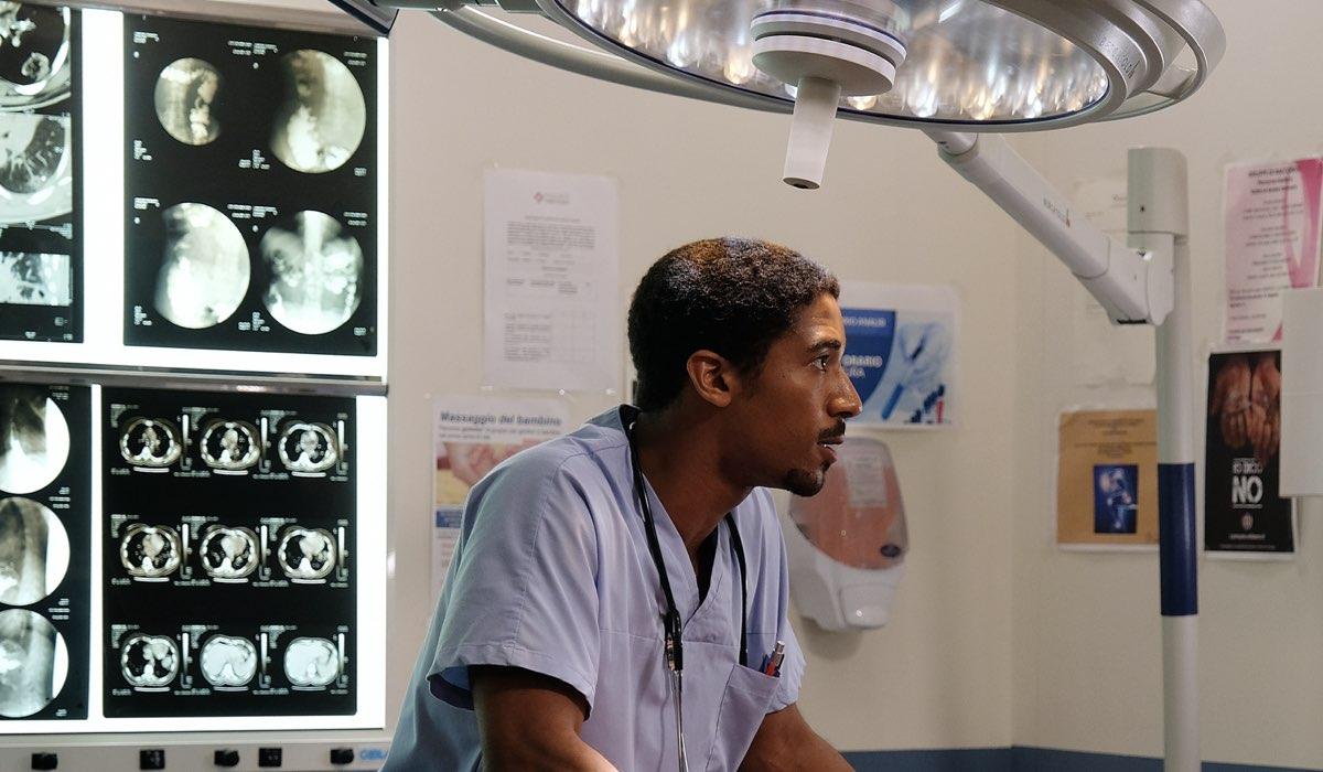 Doc - Nelle Tue Mani: Alberto Malanchino interpreta Gabriel Kidane. Credits: Rai