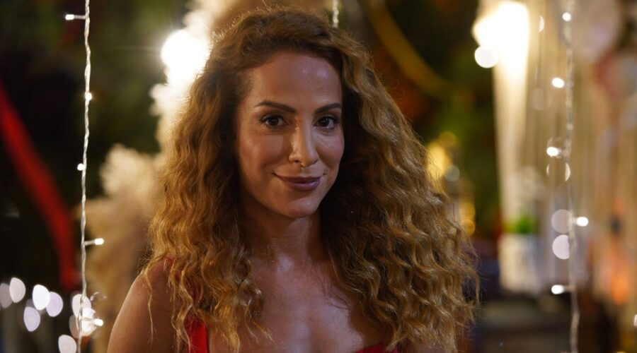 Fatma Toptas Interpreta Cansu In Mr Wrong Credits: Mediaset