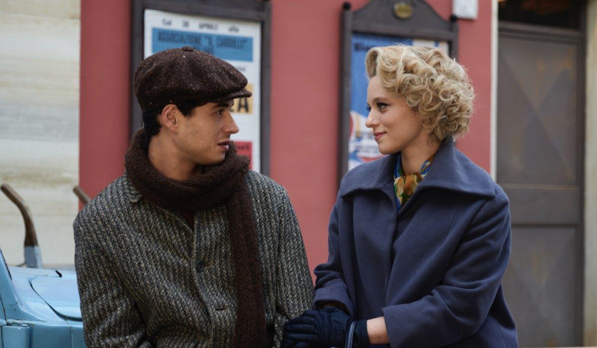 Il Paradiso Delle Signore 4: Rocco Amato e Irene Cipriani interpretati da Giancarlo Commare e Francesca Del Fa. Credits: Rai