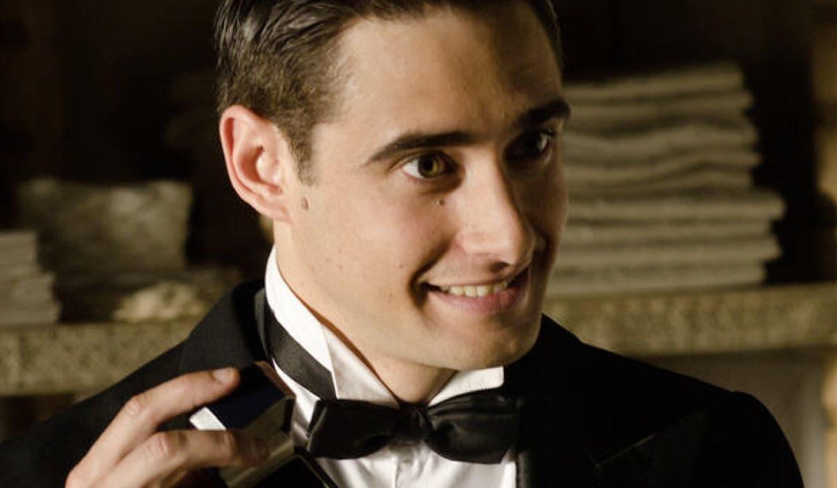 Llorenc Gonzalez Interpreta Andres In Grand Hotel Credits: Mediaset