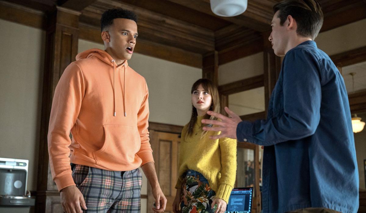 Locke E Key 2x03 Petrice Jones (Scot Cavendish), Emilia Jones (Kinsey) E Griffin Gluck (Gabe). Credits: Amanda Matlovich/Netflix © 2021