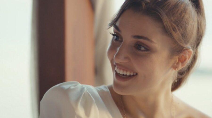 Love Is In The Air, episodio 15: Eda Yıldız interpretata da Hande Erçel. Credits: Mediaset