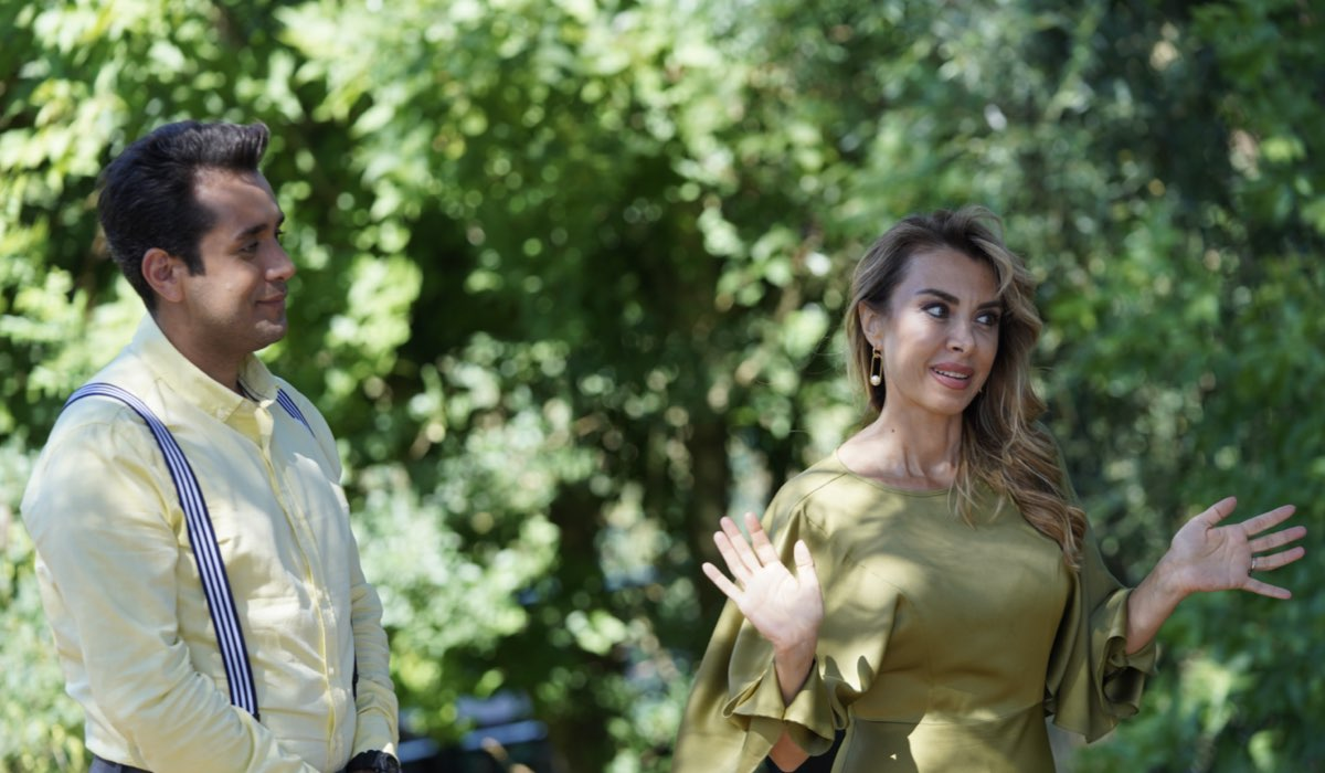 Love Is In The Air: Seyfi Çiçek interpretato da Alican Aytekin e Aydan Bolat interpretata da Neslihan Yeldan. Credits: Mediaset