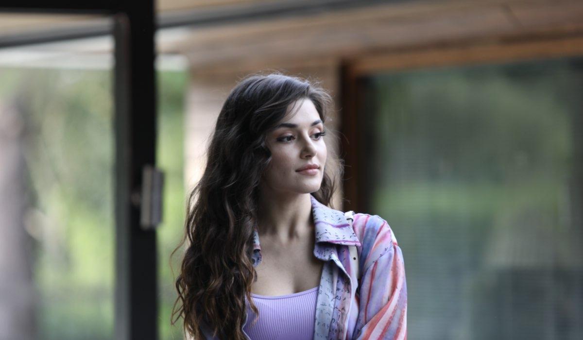 Love Is In The Air, Eda Yıldız interpretata da Hande Erçel. Credits: Mediaset