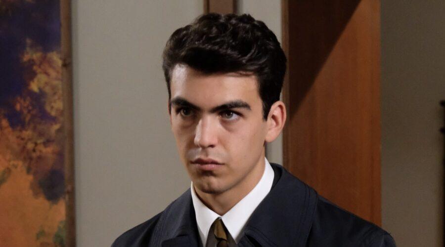 Pietro Conti interpretato da Andrea Savorelli in una scena de Il Paradiso Delle Signore 5. Credits: Rai