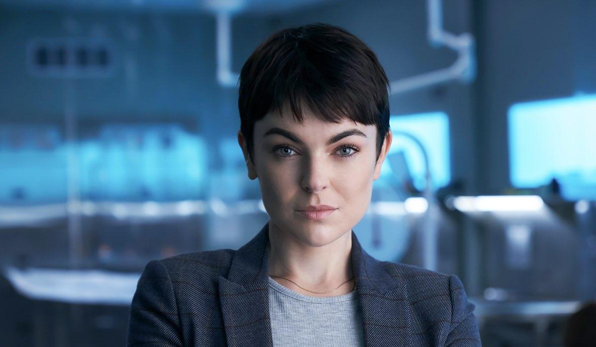 "Serinda Swan, in una scena di ""Coroner"", in arrivo su Sky Investigation. Credits: Sky"