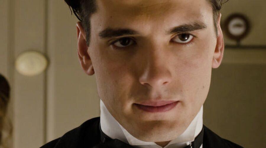 Yon Gonzalez (Julio) In Grand Hotel Credits: Mediaset