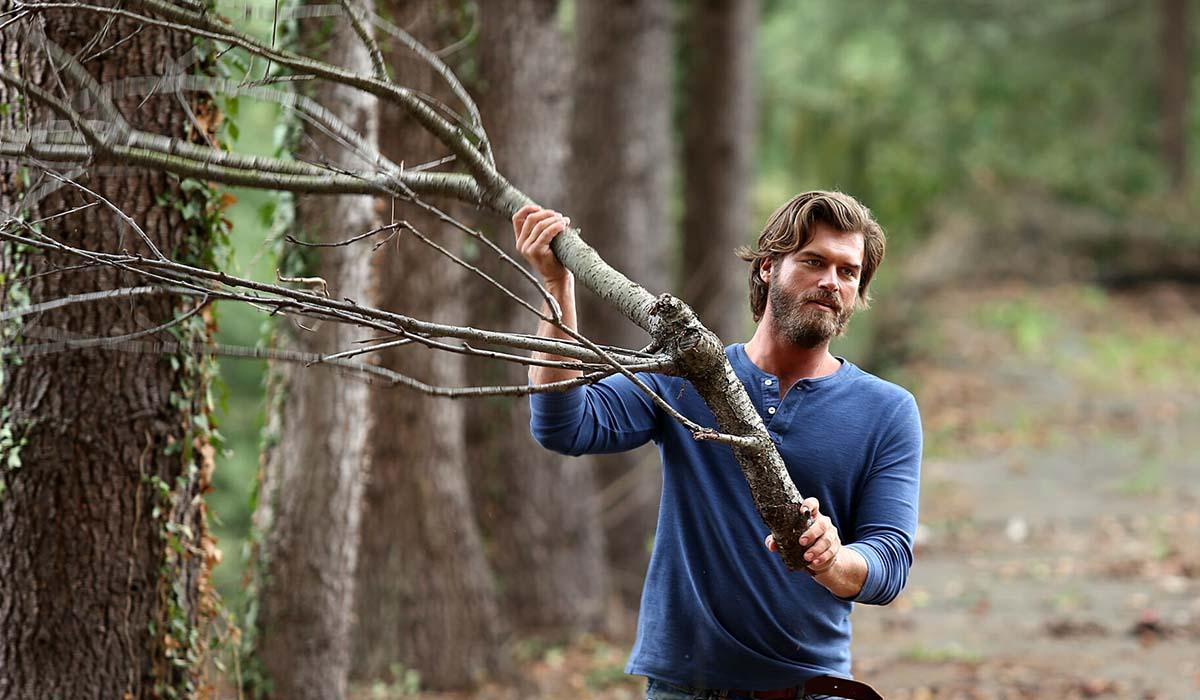 Cesur Alemdaroglu (Kivanç Tatlitug) nella serie televisiva Brave and Beautiful. Credits: Mediaset.