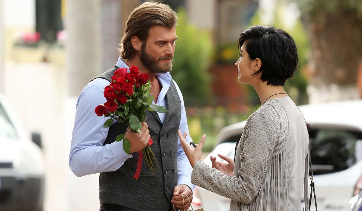 Suhan Korludag (Tuba Büyüküstün) e Cesur Alemdaroglu (Kivanç Tatlitug) in Brave and Beautiful. Credits: Mediaset.