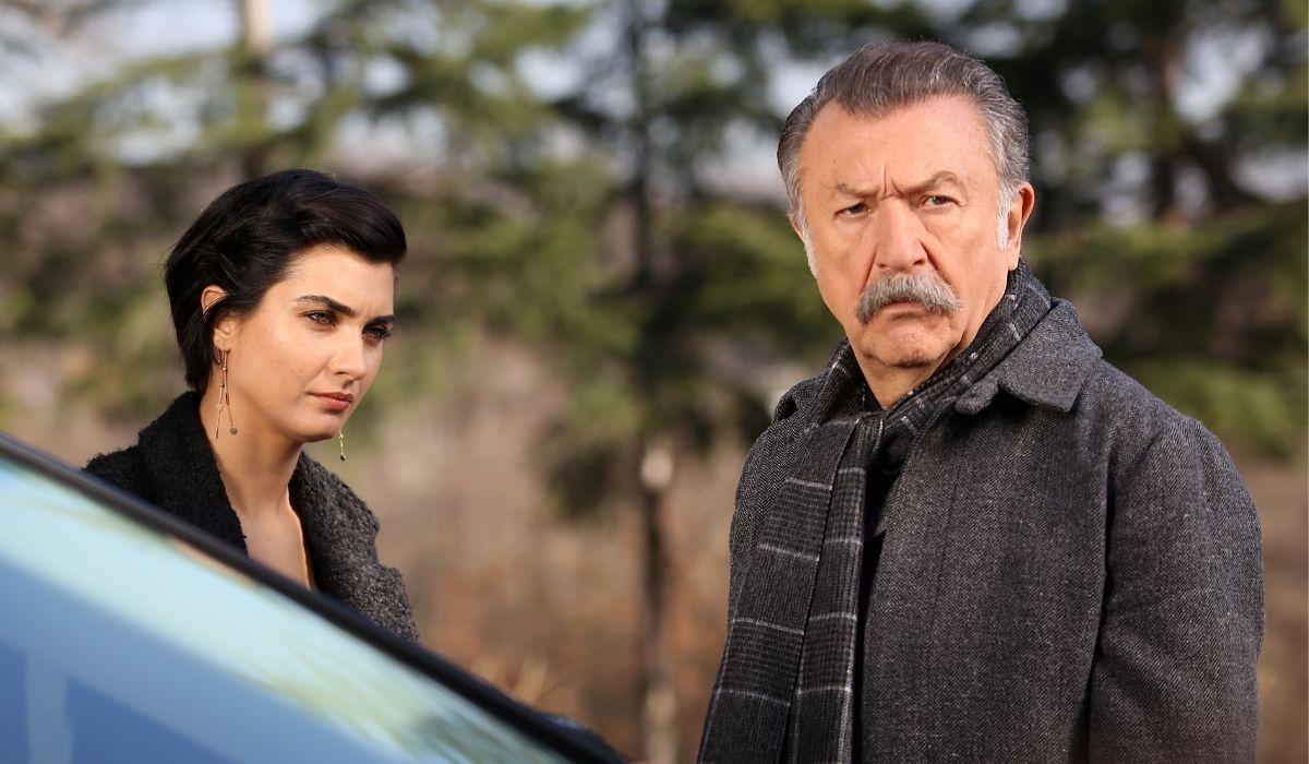 Brave and Beautiful: Suhan (Tuba Büyüküstün) e Tahsin (Tamer Levent). Credits: Mediaset