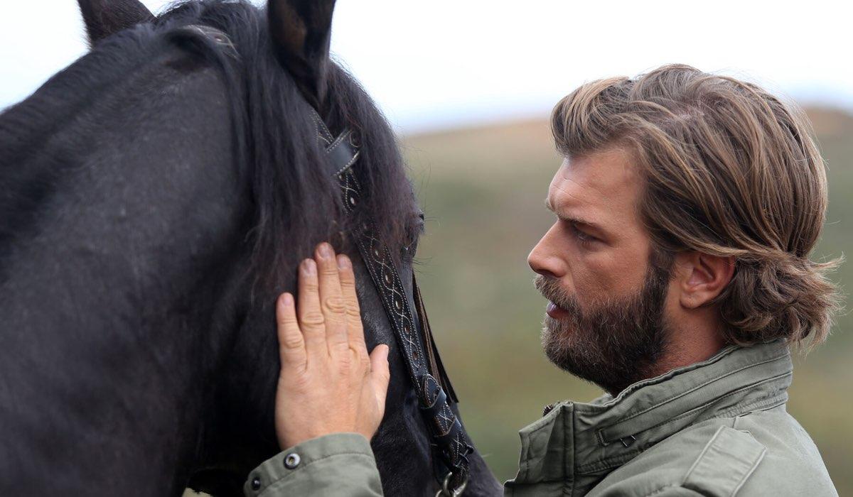 Cesur Alemdaroglu (Kivanç Tatlitug) in Brave and Beautiful. Credits: Mediaset