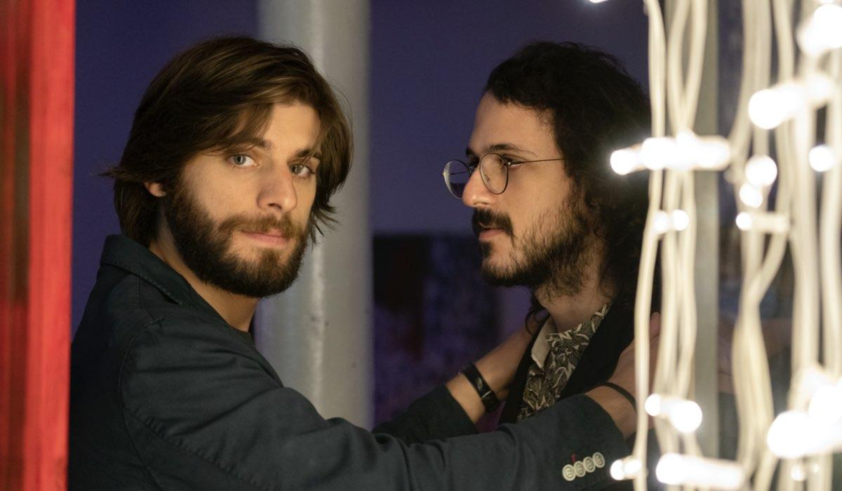 Da sinistra: Daniel (Angelo Spagnoletti) e Lu (Gianluca Fru) in una scena della serie. Credits: Netflix.