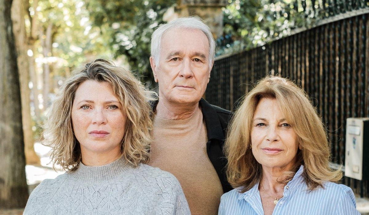 Cecile Bois (Gloria), Bernard Le Coq (Richard Meyers) e Nicole Calfan (Odile) in un posato per