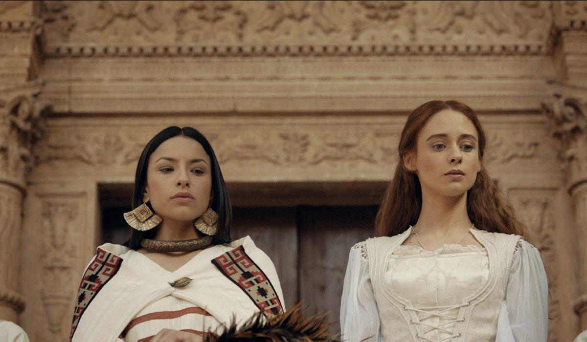 Antonia Giesen (Cecilia) e Elena Rivera (Inés Suárez) in una scena de