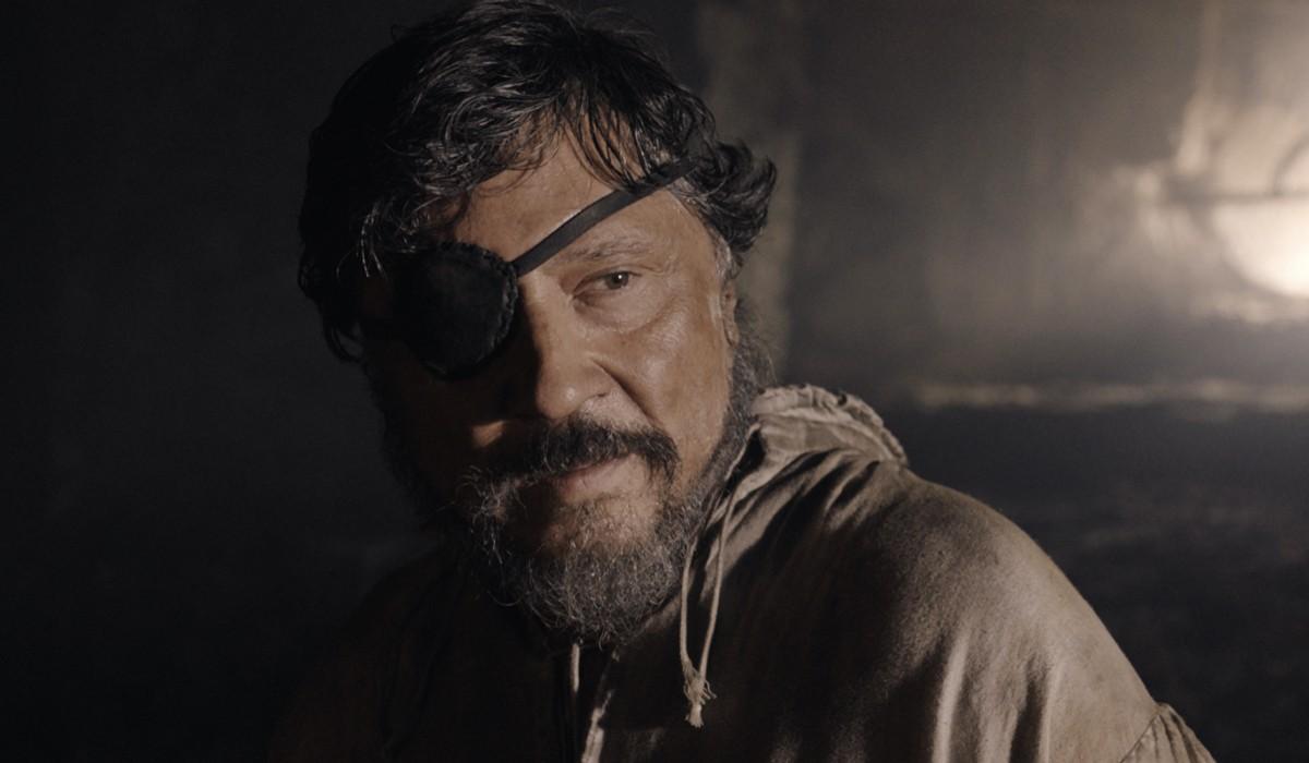 Carlos Bardem (Diego De Almagro) in una scena de