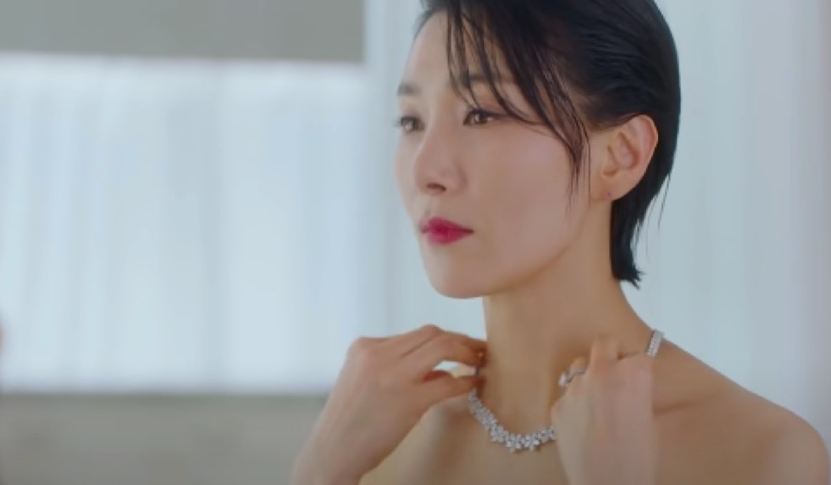 Kim Seo Hyung (Jung Seo-hyun) in una scena dal Trailer Ufficiale Di All Mine Credits: Netflix