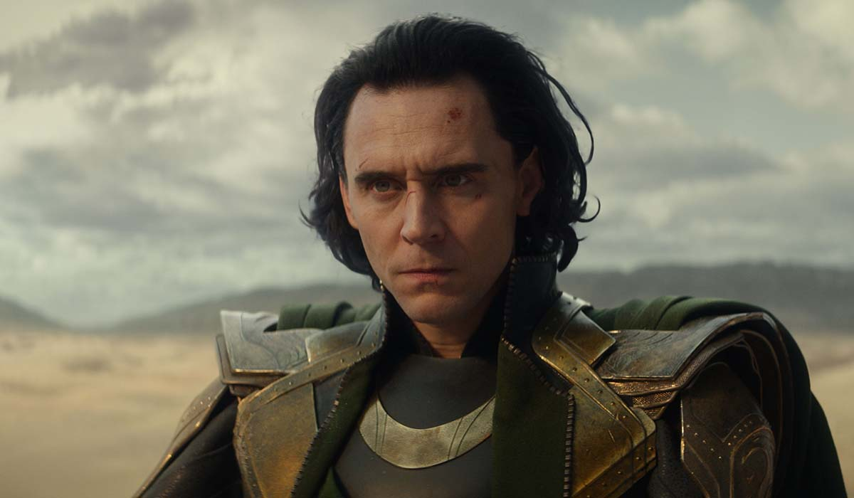 Tom Hiddleston è Loki nell'omonima serie televisiva. Credits: Disney Plus e Marvel Studios.