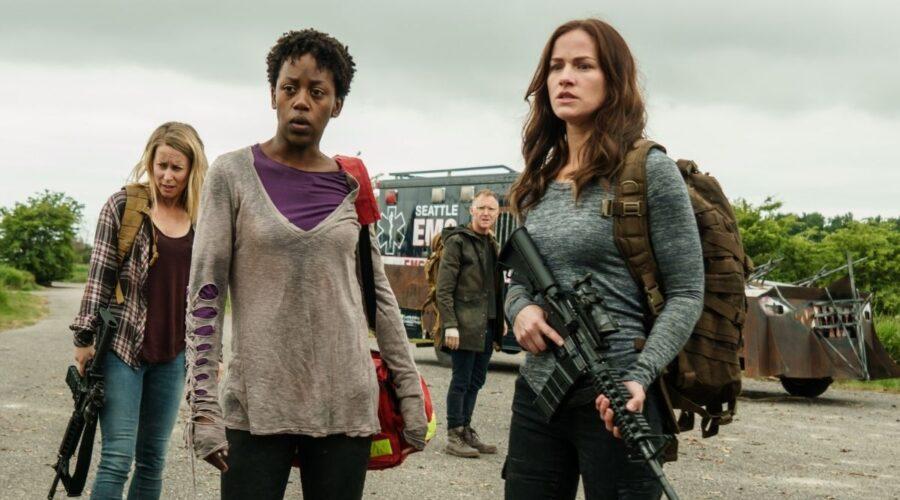 Van Helsing: Doc (Rukiya Bernard) e Vanessa Van Helsing (Kelly Overton). Credits: Netflix.