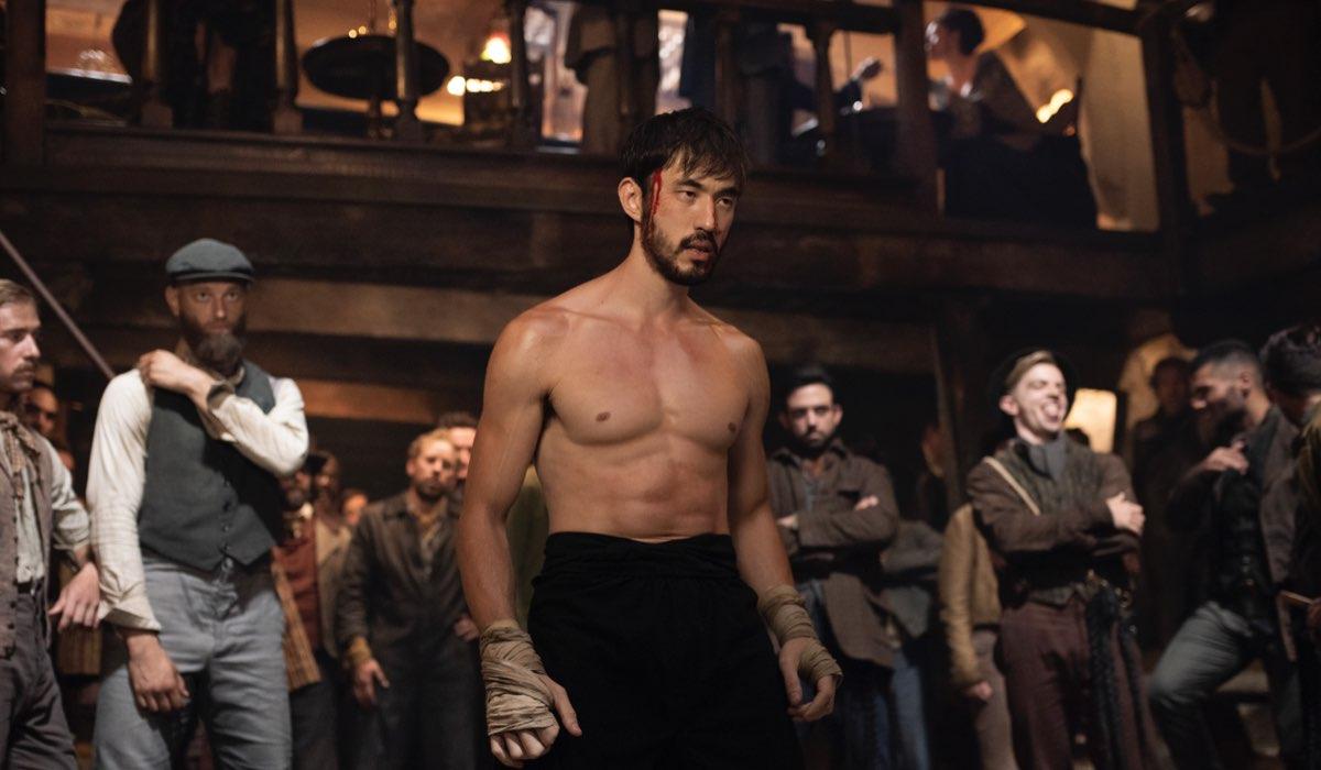 """Andrew Koji (Ah Sahm) in una scena della seconda stagione di """"Warrior"""". Credits: Sky Italia"""